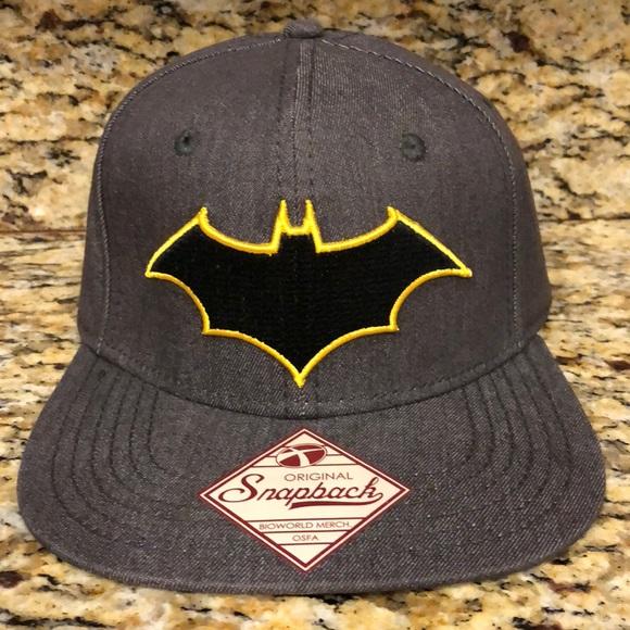 online retailer 79919 9b262 DC Comics Batman Rebirth Logo One Size Flex Cap